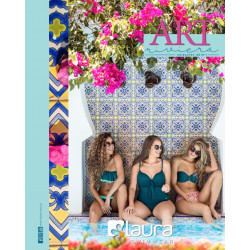 Mode / Bain image ambiance marque / Laura
